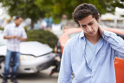 teenager-with-whiplash-sm | Car Accidents and Fibromyalgia